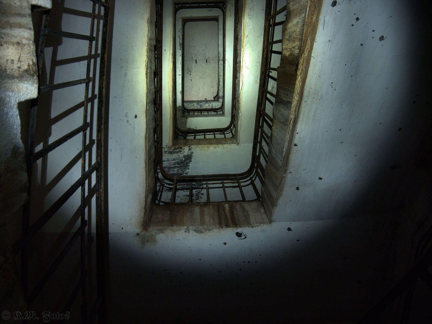 Treppenschacht nach oben