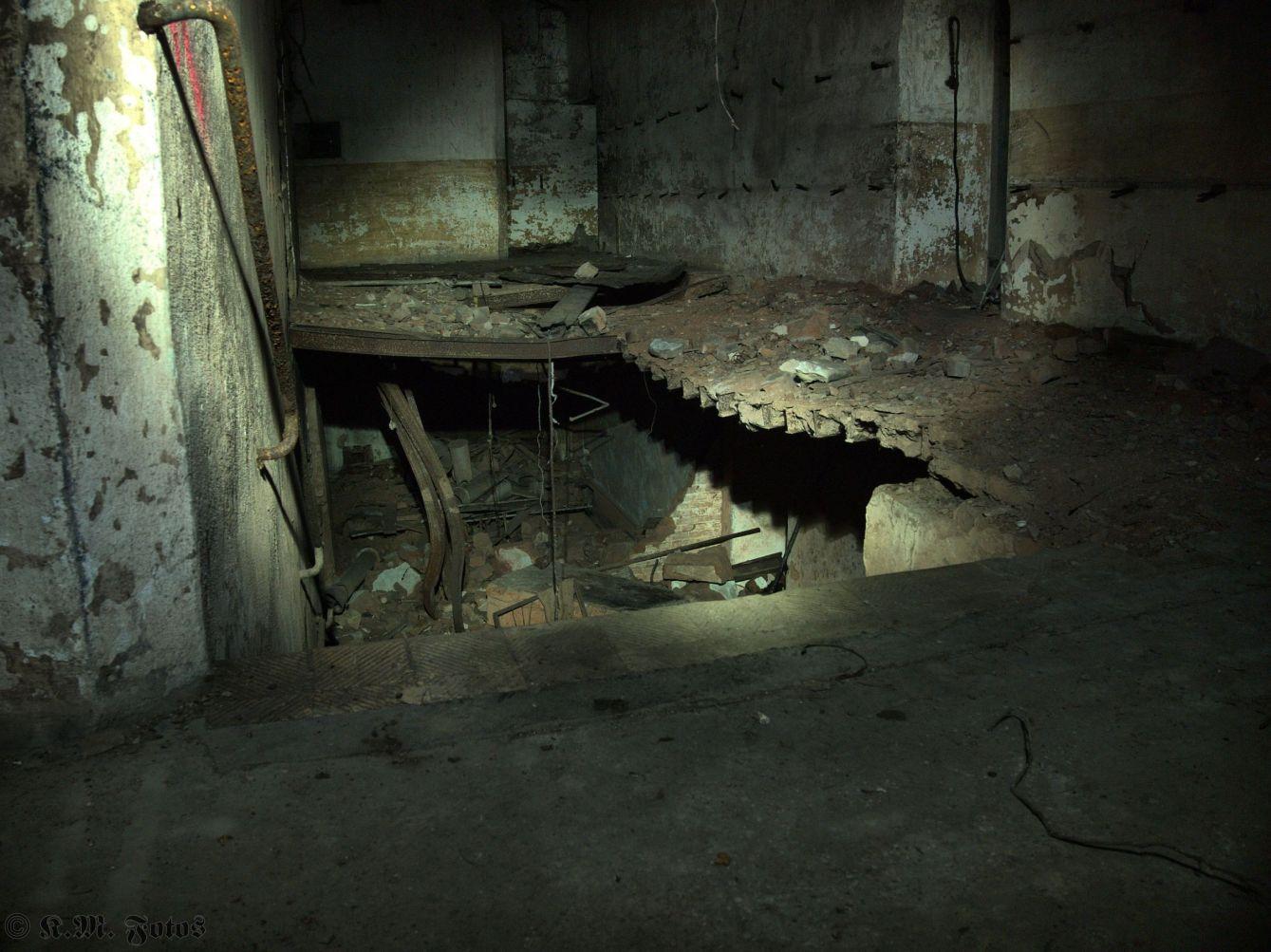 eingestürzte Treppe