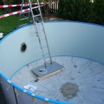 das Loch für den Unterwasserscheinwerfer