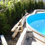 Schalung für den Bereich hinter dem Pool