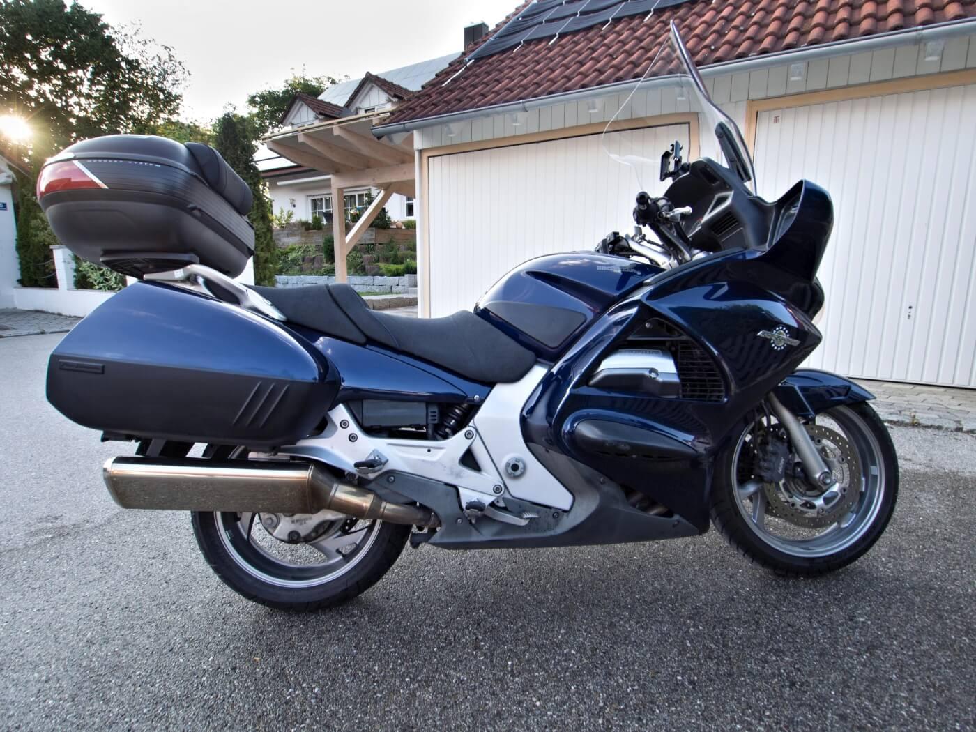 Pan European ST 1300